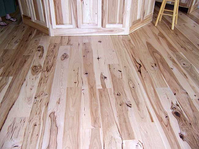 "Mannington Hardwood: Chesapeake Hickory 5"" Engineered - Cherry"